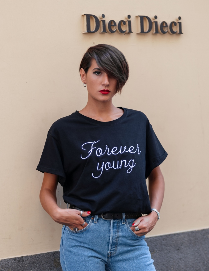 T+ART TSHIRT FOREVER YOUNG